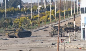 Syrian tanks are spotted near Bab Amr