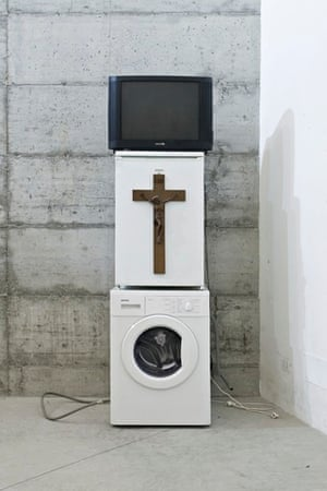 Oma Totem, 2009, is made of objects belonging to Võ's grandmother.
