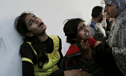 Israel shells school in Gaza