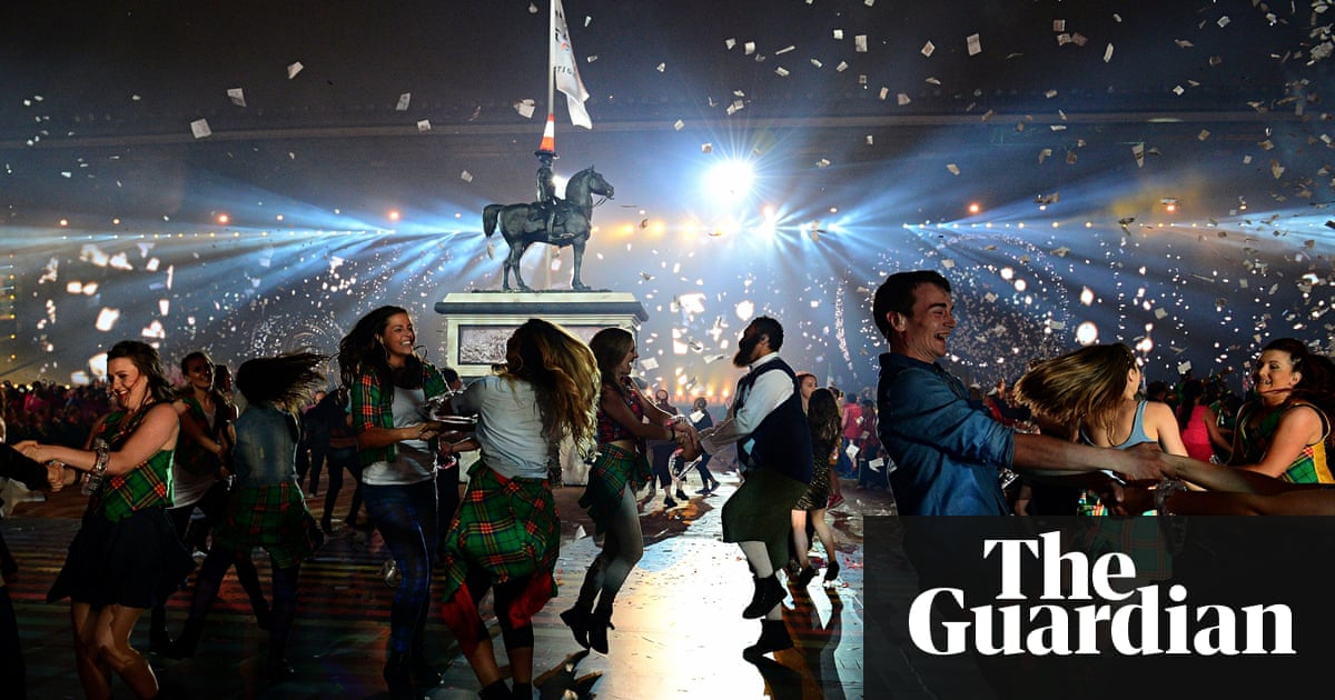 Commonwealth games complete travel guide to glasgow travel the 20th commonwealth games opening ceremony solutioingenieria Gallery