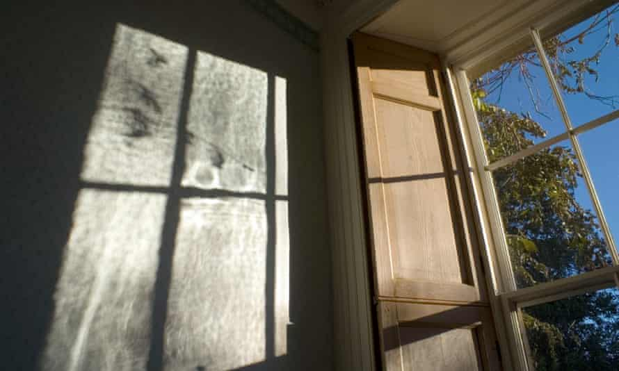 Light refracted by irregular thickness of 200 year old Georgian window glass reveal the patterns hidden in the old panes