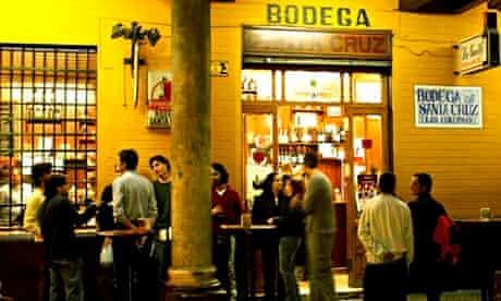 Seville bar noise