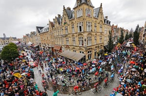 Best TDF 2014: The peleton of riders start 5th Ypres