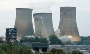 Didcot A power station towers demolished