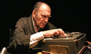 Harold Pinter as Krapp, directed by Ian Rickson at the Upstairs theatre, Royal Court, London, which opened 14 October 2006