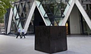 Box Sized Die by João Onofre