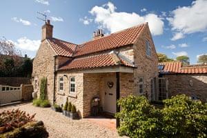 Cool cottages Yorkshire: Foxglove Cottage,  Hutton Buscel