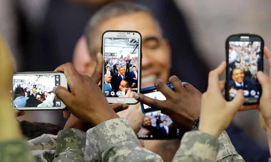 smartphone photos of obama