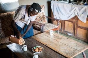 African farmer tea