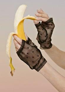 model hands: nina