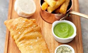 Tom Kerridge's fish and chips with pea puree and tartare sauce