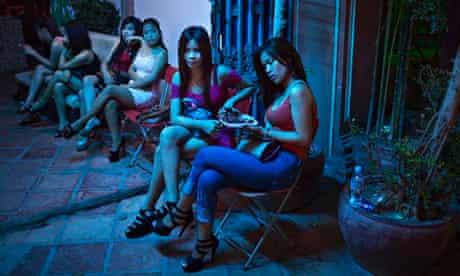 asiatische damen mit bubble butts