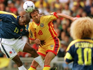 Asprilla and Valderrama compete, in the futile style, at USA '94