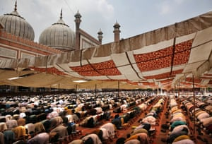 Indian Muslims offer prayers at the Jama mosque in Delhi, India