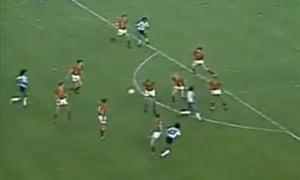 Maradona grab4