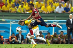 Brazil v  Colombia: Neymar is fouled by Juan Camilo Zúñiga of Colombia