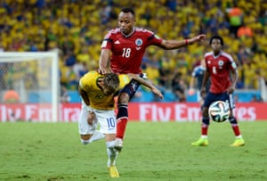 Brazil v Colombia: Neymar fouled by Juan Camilo Zúñiga of Colombia