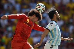 Fellaini beats Ezequiel Garay to the ball but is unable to direct it on target.