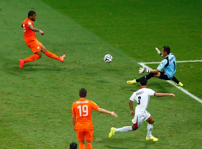 cab933a3 Holland v Costa Rica: World Cup 2014 quarter-final - as it happened | Scott  Murray | Football | The Guardian