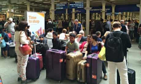 St Pancras Eurostar queue