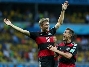 Miroslav Klose congratulates Toni Kroos after he made it 3-0.