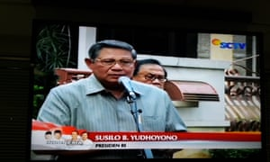 Indonesia's outgoing president, Susilo Bambang Yudhoyono, makes a televised appeal for calm.