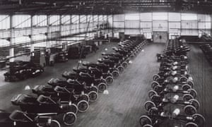 Model T Ford car production at Detroit, in 1914