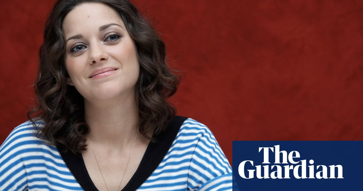 Marion Cotillard Before My Family Everything Was Dedicated To The Character Film The Guardian