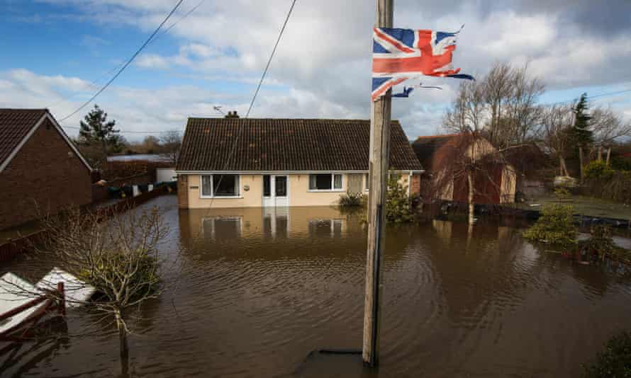 Flooding in the town of Northmoor Green (Moorland), where almost all residents have now been evacuated, Somerset, 10 February 2014