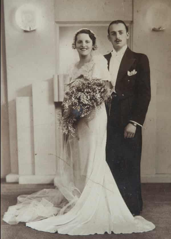 Maurice and Helen Kaye on their wedding day, 27 August 1934.