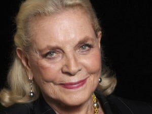 """Bacall in Beverly Hills, Calif., on March 16, 2005. In an interview that year in Time she had a few words to say about acting. """"When you talk about a great actor, you're not talking about Tom Cruise.""""  (AP Photo/Ann Johansson)"""