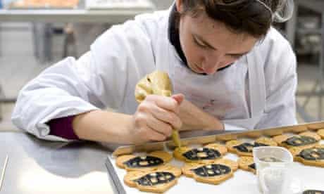 A biscuiteer at work