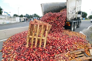The EU has announced support for peach and nectarine growers. Photograph: RAYMOND ROIG/AFP/Getty Images