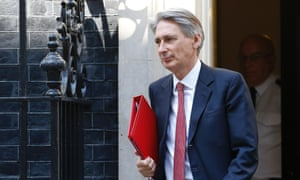 "Britain's Foreign Secretary Philip Hammond said he was ""alarmed"" at reports of Russian vehicles entering Ukraine."