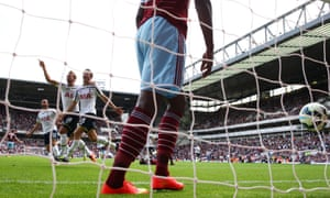 Eric Dier and Tottenham celebrate their last-gasp win at West Ham.