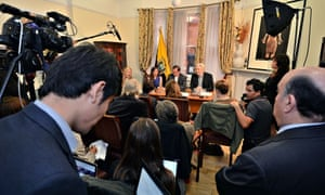 Julian Assange with Ecuador's foreign minister Ricardo Patiño at a press conference
