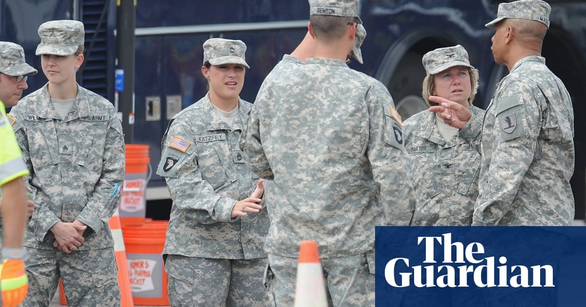 d3f5864cc What is the US national guard and when is it called up