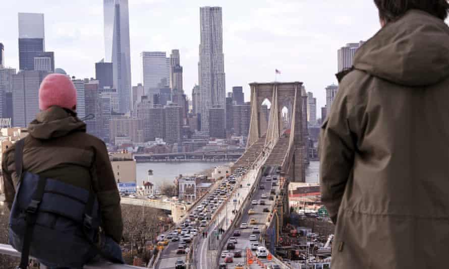 Brooklyn Bridge artists