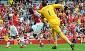 Yaya Sanogo scores his second.