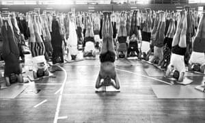 bks iyengar indian guru who sparked global yoga craze