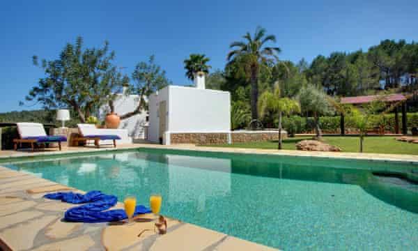 Atzi II, Ibiza