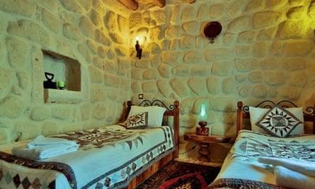 Koza cave bedroom