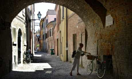 ali smith cobbles Ferrara