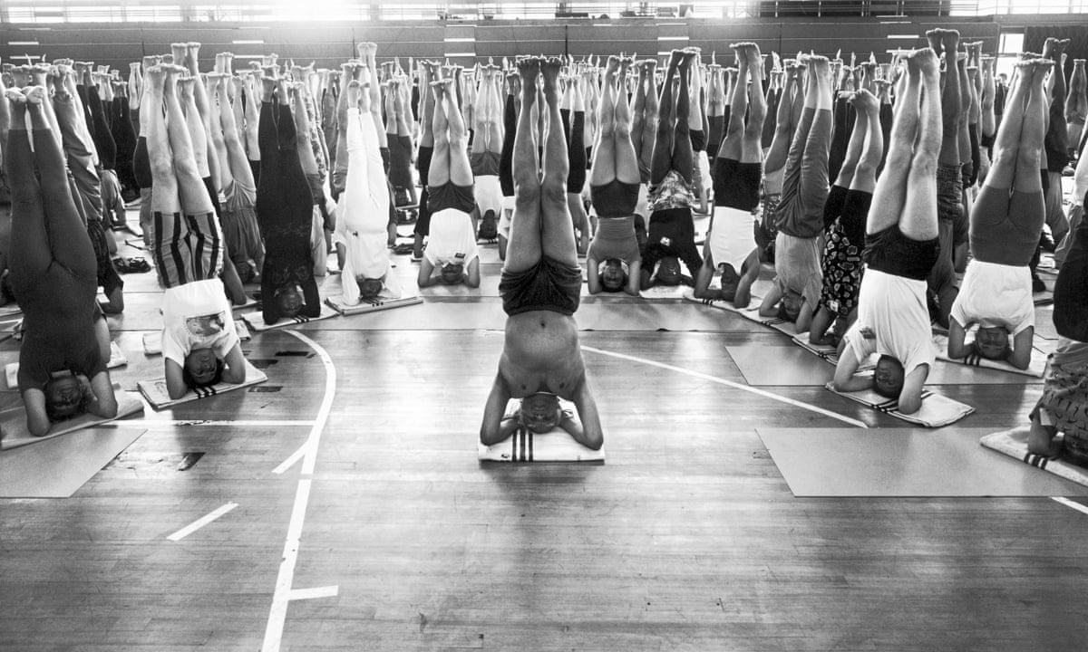 Sexy clase de yoga - 5 4