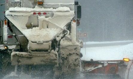 deicer, roads, winter