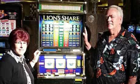 US couple win slot machine's $2.4m jackpot after 20 years of waiting | Las  Vegas | The Guardian