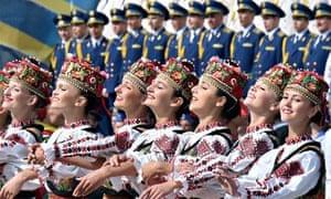 Artists wearing Ukrainian traditional cl
