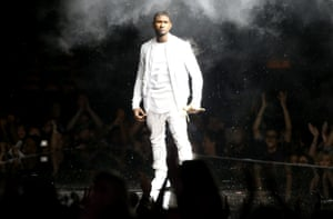 Usher performs onstage during the 2014 MTV.