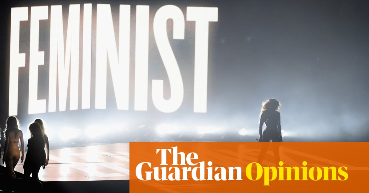 Beyoncé's 'Flawless' feminist act at the VMAs leads the way for other women