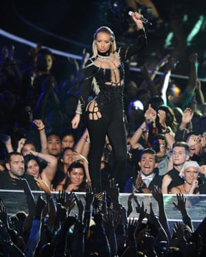 Iggy Azalea performs onstage at the 2014 MTV Video Music Awards.